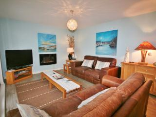 Two Bedroom Sea View Apartment - Fisherman's Way - Swansea vacation rentals