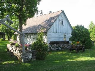 Nice Guest house with Short Breaks Allowed and A/C - Valjala vacation rentals