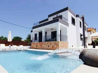 Stunning Modern Villa close to Ibiza - Nuestra Senora de Jesus vacation rentals