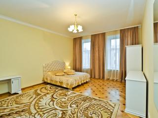2 bedroom. Centre. View the Nevsky prospect. Sweet - Saint Petersburg vacation rentals