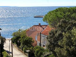 Bisky 2 apartment for 4 people by the sea - Novalja vacation rentals