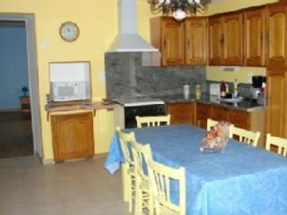 2 bedroom Gite with Internet Access in Darney - Darney vacation rentals