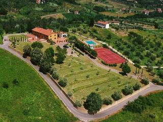 Panoramic Villa with pool, tennis court and lake - Pescia vacation rentals