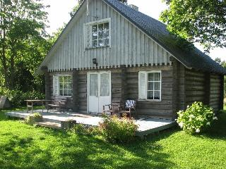 Beautiful 3 bedroom Vacation Rental in Valjala - Valjala vacation rentals