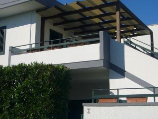 Appartamento in villetta 150mt mare - San Foca vacation rentals