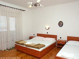 Nice room Bisky for 3 people by the sea - Novalja vacation rentals
