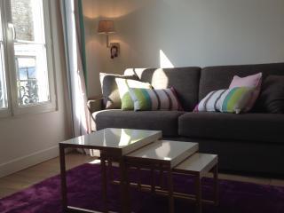 COSY STUDIO CENTER PARIS OPERA - Paris vacation rentals