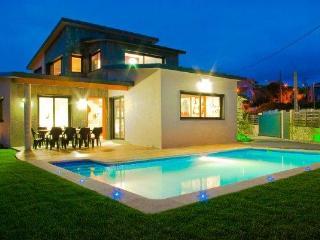 228 Modern villa near spectacular beach - Cangas vacation rentals
