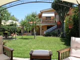sweet home  hotel rooms doppia vista giardino - Syracuse vacation rentals