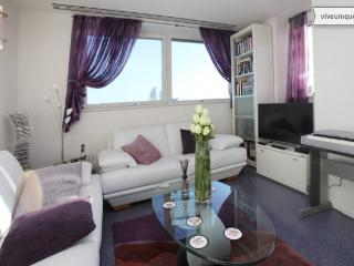 2 bed with panoramic views, Westminster Bridge Road, Westminster - London vacation rentals