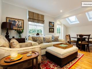 2 bed 2 bath apartment on Burnfoot Avenue, Fulham - London vacation rentals