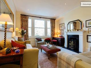Two bed apartment with park views, Albert Mansions, Battersea - London vacation rentals