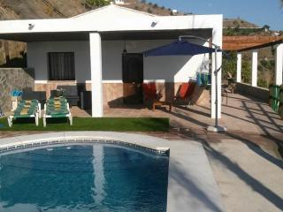 Casa rural La Yedra - Algarrobo vacation rentals