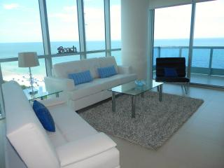 Stunning Oceanfront Miami Beach 1bd APT FREE WIFI - Miami Beach vacation rentals