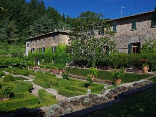 3 bedroom Condo with Shared Outdoor Pool in Gaiole in Chianti - Gaiole in Chianti vacation rentals