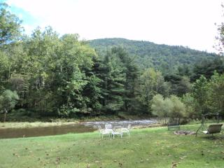 2 Bedroom Apartment on Banks of Large Creek! - Pennsylvania vacation rentals