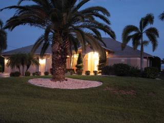 Nice Villa with Internet Access and Dishwasher - Cape Coral vacation rentals