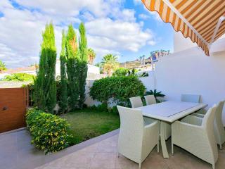 Los Cristianos, 4 bedrooms - Arona vacation rentals