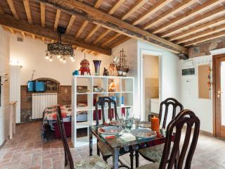 Vacation Home Tuscany Filettole 3 - Vecchiano vacation rentals