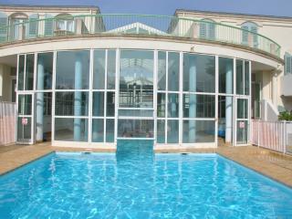Appt T1Bis dans Residence Pierre et vacances - Saint Martin de Re vacation rentals