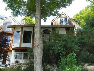 Lake Illyria Estate! Mohonk, Minnewaska New Paltz! - New Paltz vacation rentals