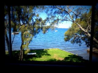 Tranquil Waterfront Holiday House - Carey Bay vacation rentals