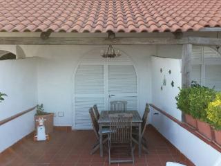 Villa a schiera con ampio terrazzo panoramico - Barano d'Ischia vacation rentals