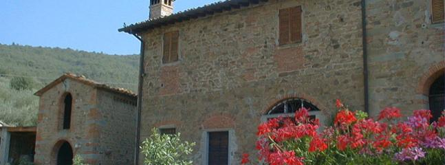 3 bedroom Farmhouse Barn with Washing Machine in Loro Ciuffenna - Loro Ciuffenna vacation rentals