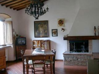 casa vacanze Podere Birreria - Loro Ciuffenna vacation rentals