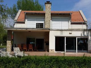 Luxury holiday villa at lake Balaton - Balatonudvari vacation rentals