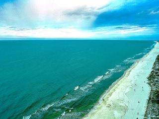 BEACHFRONT FOR 6! CUTE!  OPEN 4/18-4/25 TAKE 30% OFF - Panama City Beach vacation rentals