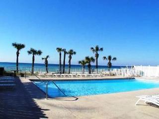 BEAUTIFUL TOWNHOUSE FOR 5! - OPEN WEEK OF 3/28-4/3 - 10% OFF BOOK NOW - Panama City Beach vacation rentals