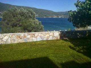 Comfortable Villa with Internet Access and Dishwasher - Styra vacation rentals