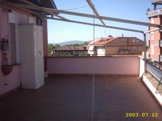 Romantic 1 bedroom Penthouse in Ronciglione - Ronciglione vacation rentals