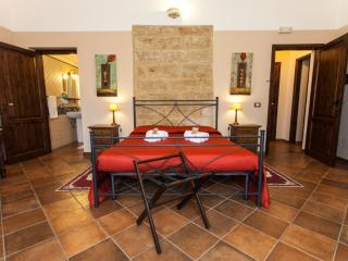 8 bedroom B&B with Internet Access in Cinisi - Cinisi vacation rentals