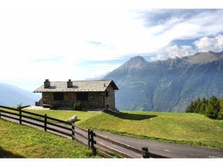 Dimora Tipica di montagna in Mortirolo - Mazzo di Valtellina vacation rentals