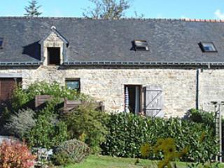 3 bedroom Gite with Internet Access in Ploerdut - Ploerdut vacation rentals