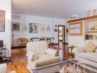 Arzaga, very convenient to reach Fiera Milano City - Arluno vacation rentals