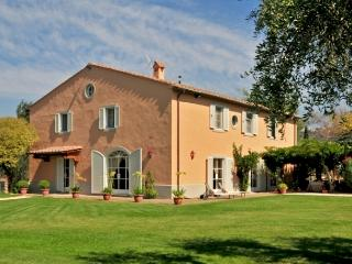 Nice Villa with Microwave and Central Heating - Castagneto Carducci vacation rentals