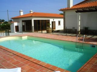 GREAT VILLA with privat Pool near the Beach - Lourinha vacation rentals