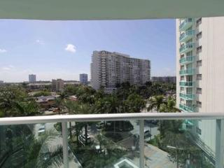 Premier two bedroom with bay view - Hollywood vacation rentals