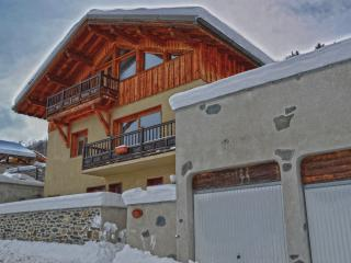 4 bedroom Chalet with Internet Access in Montchavin - Montchavin vacation rentals