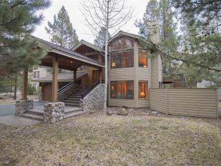 Bright House with Deck and Internet Access - Sunriver vacation rentals