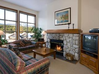 Blackcomb Greens #24 | 3 Bedroom Townhome, Near Chateau Whistler Golf Course - Whistler vacation rentals
