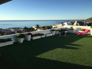 Apostle at Funkey 2B - Camps Bay vacation rentals
