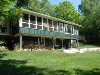Stony Lake, Ontario - Turtle Bay Lodge - Peterborough vacation rentals