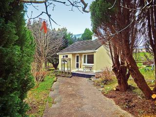 Nice Bungalow with Central Heating and Mountain Views - Killarney vacation rentals