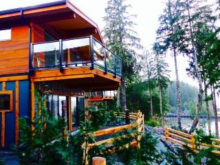 Wickham's Wake Oceanfront Rental - Port Renfrew vacation rentals