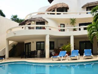 Blue Palms 2 connected suites 50 steps from beach! - Playa del Carmen vacation rentals