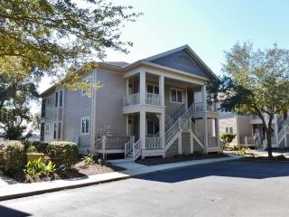 Convenient House with A/C and Shared Outdoor Pool - Pawleys Island vacation rentals